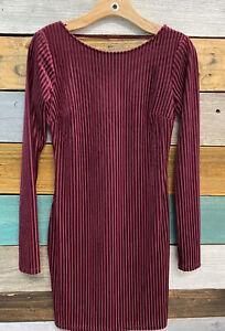 NEW Forever 21 Burgundy Crushed Velvet Long Sleeve Sheath Dress Size Small
