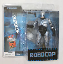 2004 McFarlane Toys Movie Maniacs Series 7 Robocop w/ Stand Action Figure MIP