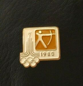 1980 Target Archery XXII Olympic Games Moscow Soviet Pin Badge Sport FITA USSR