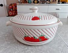 "MIKASA ULTRA CERAM BAKE&SERVE UP012 ""STRAWBERRIES"" 2 Qt. CASSEROLE DISH W/LID"