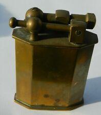 joli briquet essence de table début 1900 avec plaque fiscale