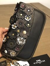 Coach Small Tea Rose Applique Black Leather Clutch Wristlet 23536