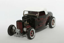 "1:18 Ford Deuce Hot Rod ""ghost flames"" (1934) 