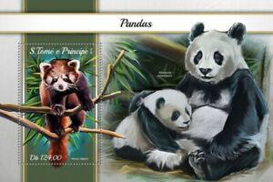 St Thomas - 2018 Pandas on Stamps - Stamp Souvenir Sheet - ST18111b