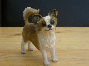 GORGEOUS SMALL LEONARDO LONG HAIRED CHIHUAHUA ORNAMENT BOXED