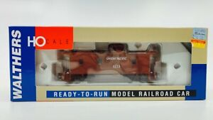 Walthers 932-7542 HO Union Pacific (Oxide Red) CA-1 Wood Caboose #3273 LN/Box