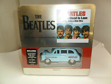 BEATLES COLLECTIBLE TIN ALL YOU NEED IS LOVE  SINGLE SLEEVE TAXI T-SHIRT