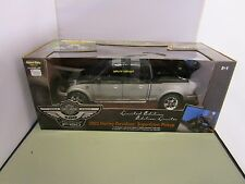 ERTL 1/18 AMERICAN MUSCLE BLACK AND SILVER 2003 HARLEY DAVIDSON FORD F-150 NEW