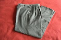 JoS.A.BANK Signature Collection Men's Gray Pleated 38R 100% wool pants GlenPlaid