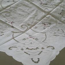 Tischdecke Richelieu Neuwertig 82x84 cm weiß Blumen Stickerei Durchbruchmuster