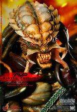 Alien vs Predator - Samurai Predator 1/6 Scale Figure NEW Hot Toys (Damaged Box)