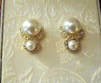 VTG. MONET CREAM FAUX PEARL & GOLD TONE CLIP ON EARRINGS with original box