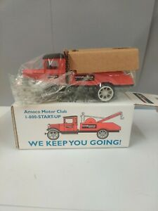 1931 Hawkeye Wrecker Bank,, diecast coin bank NEW limited edition..