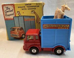 corgi chipperfields circus Giraffe Transporter 503
