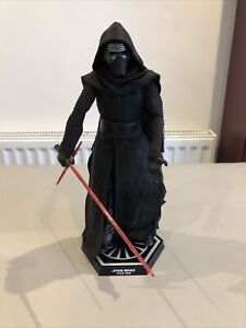 Hot Toys Star Wars Kylo Ren ~ The Force Awakens ~ 1/6 Scale Figure Rare 2015