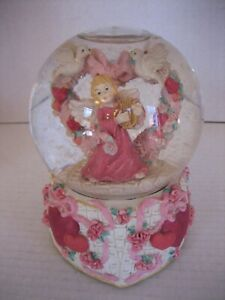 Valentine's Angel & Hearts Musical Snow Globe Resin/Glass 6 1/2in.T. Pre-Owned