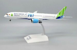 JC Wings 1:200 Bamboo Airways Boeing B787-900 Dreamliner 'Delivery' VN-A819