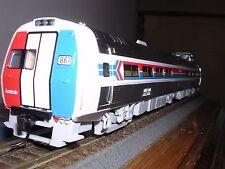 WALTH/PROTO #920-14800 AMTRAK 85' Budd Metroliner Snack-Bar Coach #861 H.O.Gauge