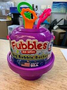 Fubbles No Spill Big Bubble Bucket and 3 Wands & bubble solution included