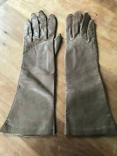 Gorgeous Leather Silk Lined Gloves 7 1/2 Made in Usa. Light Brown.