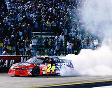 JEFF GORDON unsigned 8x10 Photograph NASCAR DuPont Photo