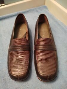 Aerosoles Women's Pleat First Brown Leather Loafers Size 8.5