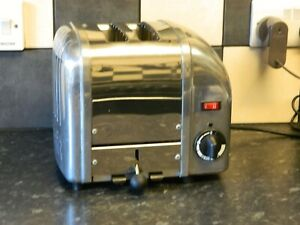Dualit 2 Slice Toaster Chrome and stainless steel finish
