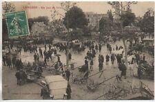 LANGRES - Haute Marne - CPA 52 - Commerce - Marché  Materiel Un jour de foire