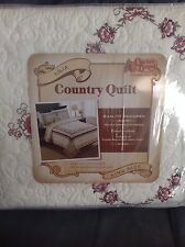 "CRACKER BARREL COUNTRY QUILT LILIA KING SIZE 110"" x 95"" 100% COTTON - NEW"