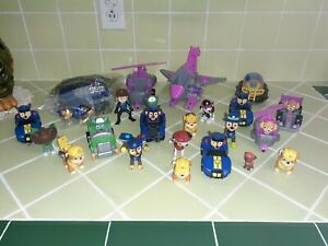 LARGE Paw Patrol Toy Lot VEHICLES AND PUPS chase and transforming cruiser