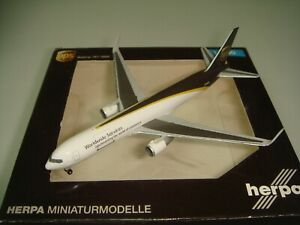 """Herpa Wings 500 United Parcel Services UPS B767-300ERF """"2000s color - Winglet"""""""