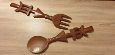 Coppia Cucchiaio e Forchetta intagliate in legno per decorazioni a parete.
