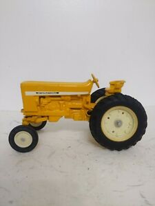 1/16 Ertl Farm Toy International 2644 Industrial Tractor repaint