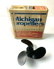 Michigan Wheel 012031 OEM 391096 - 3 Blade 8x7 RH Propeller