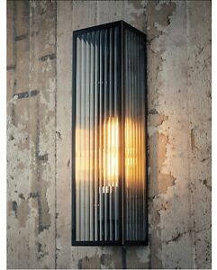 Wall Light Ribbed Clear Glass (large) 054005