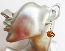 Gorgeous Gold Tone Shell Design Dangle Drop Earrings