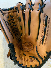 "New listing Louisville slugger Kids  12"" Glove"