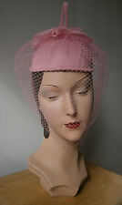 VINTAGE 1950'S STYLE SUGAR PINK PILL BOX HAT NET VEIL BOW TRIM WEDDING GOODWOOD