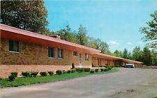Brecksville Ohio~Fry's Summit Motel~Cleveland-Massillon Road~Car~1958 Postcard