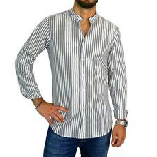 Camicia da uomo slim fit con colletto alla coreana a righe bianche e blu