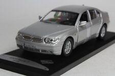 BMW SERIE 7 2005 SOLIDO 433035 1:43