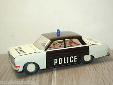 Opel Rekord Saloon Police van VEB Plasticart 1:30 *15917