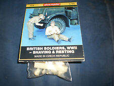 PLUS MODELS 2  BRITISH SOLDIERS , WW2 -SHAVING AND RESTING- 1/35 RESIN  S/N 158