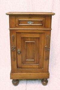 comodino antico umbertino umberto I XIX secolo 1800 eclettismo legno noce