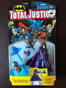 1997 Kenner DC Comics Total Justice HUNTRESS Action Figure NOC.  NO RESERVE!