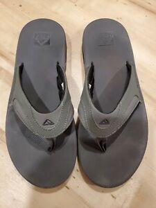 Reef Fanning Mens Gray Rubber Air Sandals Bottle Openers Flip Flops Size 11