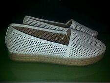 Charlotte Russe RORY flats in very good condition white mesh size 9 womens
