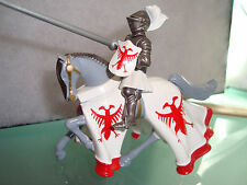 "Medieval Times Miniature Horseman 3.5"" x 6"" Metal Red and White"