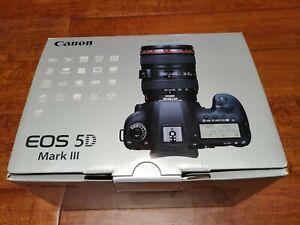 Canon EOS 5D Mark III DSLR Camera - used + bat grip, box, manual, strap, battery