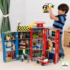 Fireman Heroes Kidkraft Toy Play Set 28 PCE Police Fire Station Truck Wooden